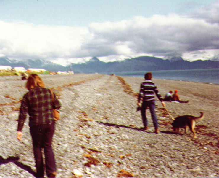 Connie, Dave & Tundra, Homer Spit, July 1980.jpg