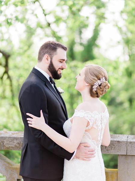 05 Bride and Groom-034.jpg