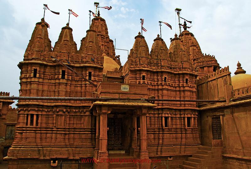 INDIA2010-0208A-528A.jpg
