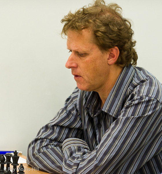 Gary Lane playing in the Weekender B Open