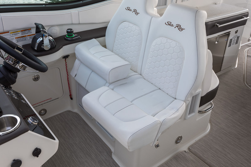 2021-Sundancer-320-Outboard-DAO320-dual-helm-seats-bolster-up-00049.jpg