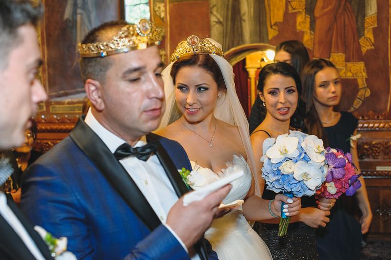 Andreea-biserica-18-October-2014-Nunta--LD2_7731Liviu-Dumitru.jpg