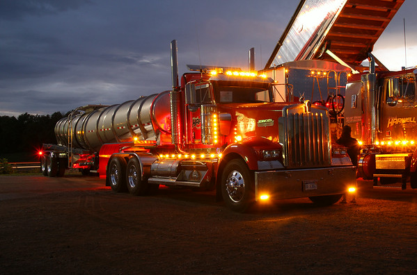 Nationwide Chrome & Customs: 5th Annual Truck Show 2014