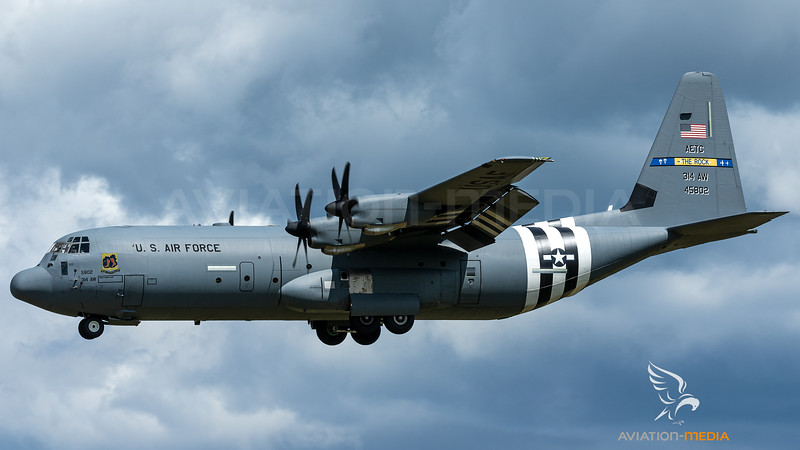 14-5802_USAF-62ndAS-AETC_C-130J-30_D-Day-cs_MG_9027.jpg