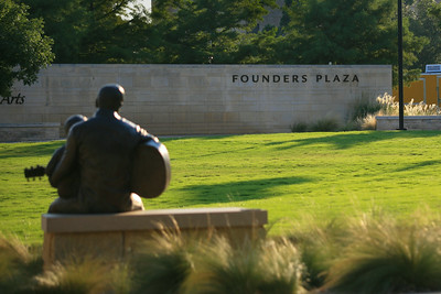 Founder's Plaza, Arlington, Tx