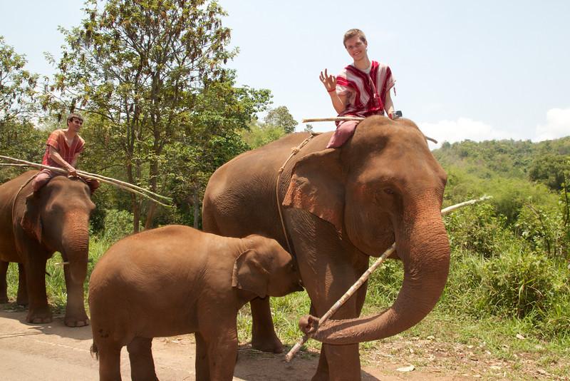 Roewe_Thailand 120.jpg