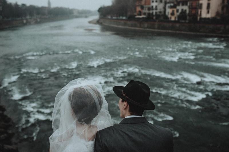 Tu-Nguyen-Wedding-Photographer-Hochzeitsfotograf-Verona-Oldtown-Italy-54.jpg