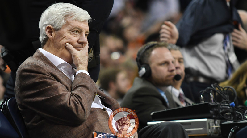 Former Virginia Tech head football coach Frank Beamer sits perplexed during halftime. (Michael Shroyer/ TheKeyPlay.com)