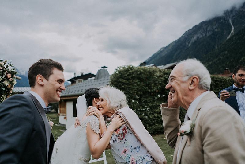 Tu-Nguyen-Destination-Wedding-Photographer-Chamonix-French-Alps-Paul-Hua-Yu-310.jpg
