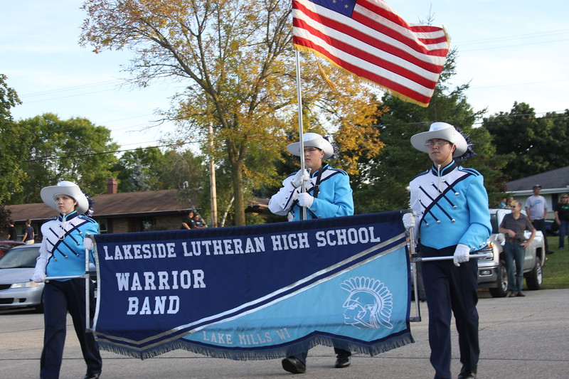HC Friday band parade (2).JPG