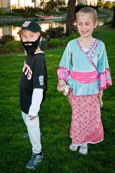 In honor of Jeremy dressing as a Giant, and the Japanese Princess Gabrielle demanding that the giants win, they did! 4-0 over the Rangers in Game 3 of the 2010 World Series.  Brian Wilson (aka Jeremy) is ready to save the game in the 9th inning!