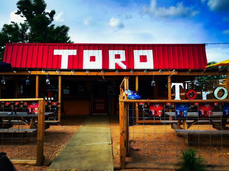 toro taco sign.jpg
