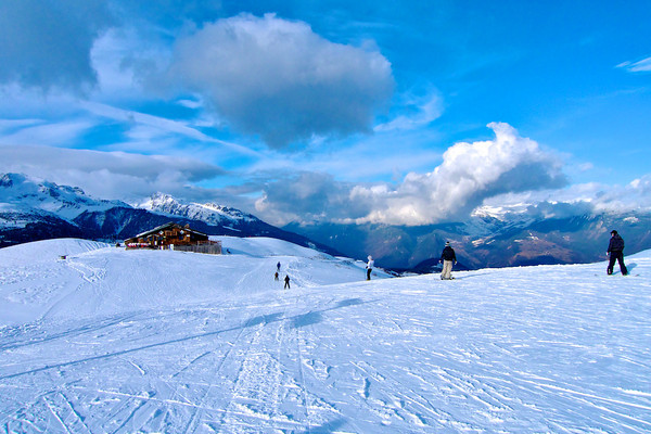 Skiing and Mountains