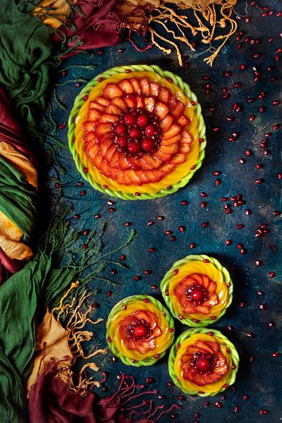 Colored fruit tart