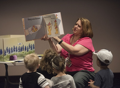 tyler-firefighters-teach-children-about-their-job-during-story-time