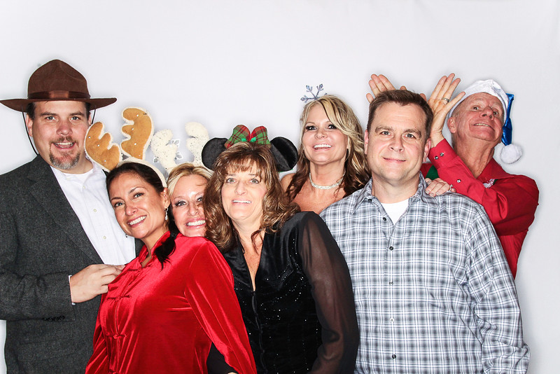 Ayuda and Auxillio Christmas Party 2015-Photo Booth Rental-SocialLightPhoto.com-36.jpg