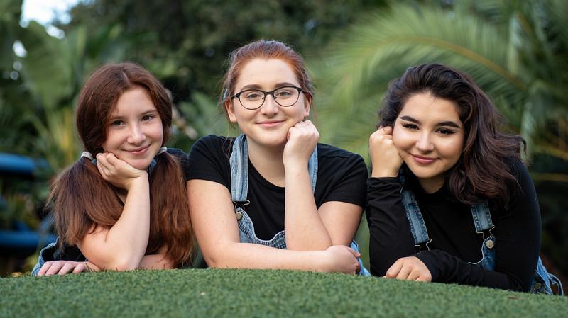 Crown sisters trio III.jpg