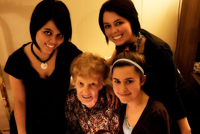 nanny-and-the-girls_3264541891_o.jpg