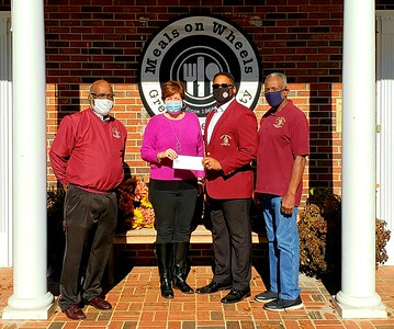 2020 Senior Kappas and Meals On Wheels Donation