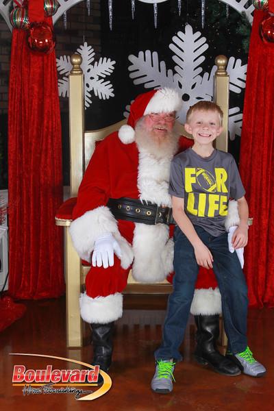 Santa 12-17-16-80.jpg