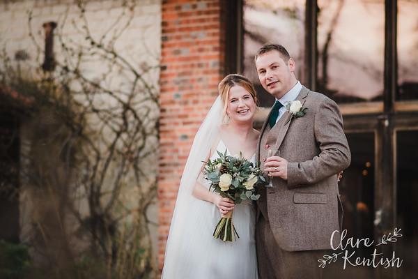Laura & Richard @ Bury Court Barn