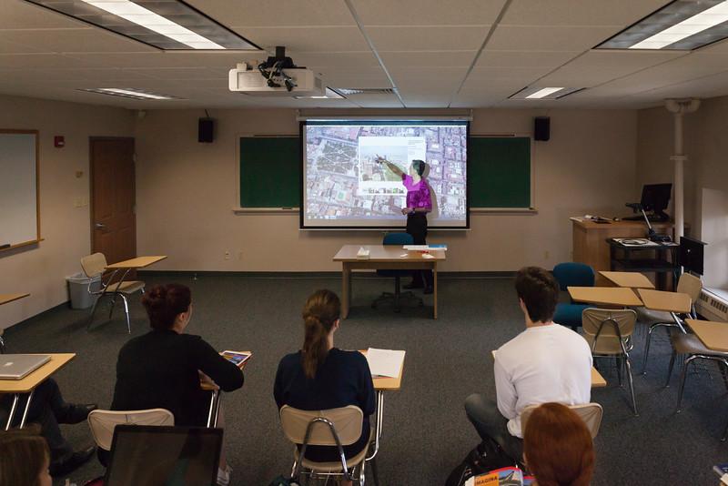 Gustavo Fares Classroom-106.jpg