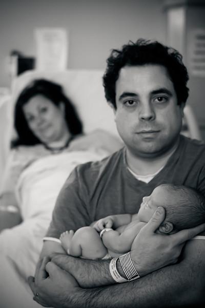 Alana, Blair and baby Logan BIRTH-301.jpg