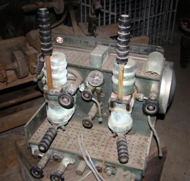 Antique Espresso Machine 33b.png