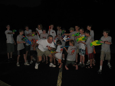 2007AugScoutWaterFight