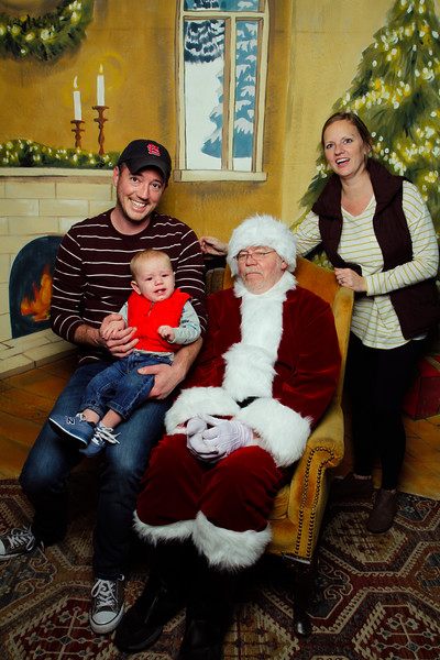 Pictures with Santa Earthbound 12.2.2017-114.jpg