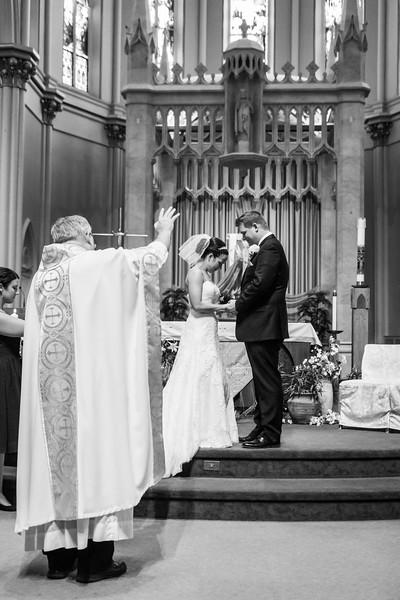 Jennie & EJ Wedding_00282-BW.jpg