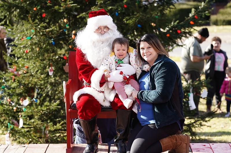 Santa In The Park 20190031.JPG