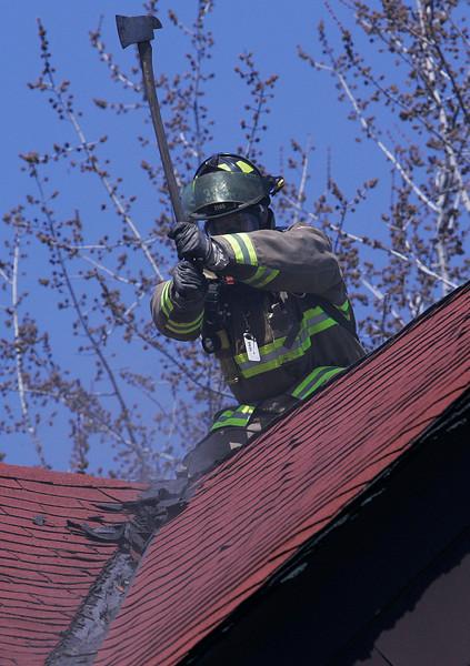 April 16, 2009 - 3rd Alarm - 686 Gerrard Street East