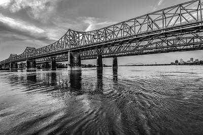 Mississippi River-Cityscape