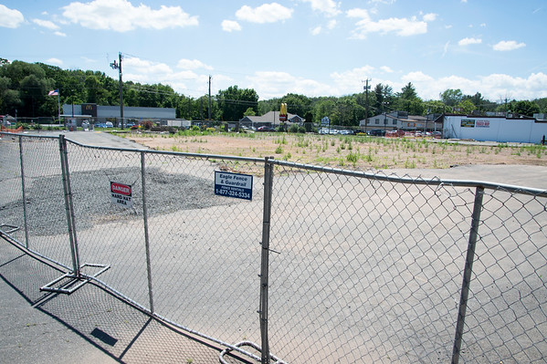 06/27/19 Wesley Bunnell | Staff The site of the former Tops Marketplace in Southington.