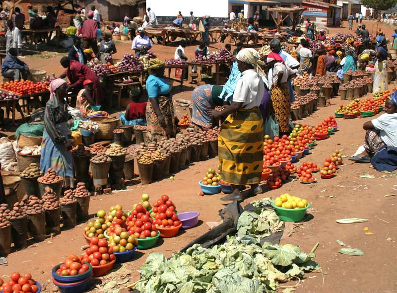 075 Malawi Market.jpg