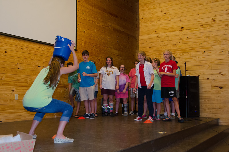 2014JrHighRetreat (20 of 215).jpg