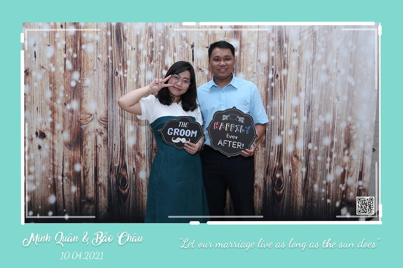 QC-wedding-instant-print-photobooth-Chup-hinh-lay-lien-in-anh-lay-ngay-Tiec-cuoi-WefieBox-Photobooth-Vietnam-cho-thue-photo-booth-029.jpg