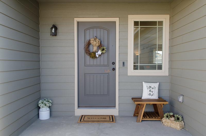 Exterior entry (1).jpg