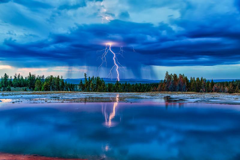 Turquoise Lightning