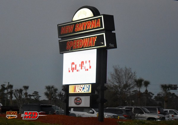 New smyrna speedway 11 februari by Pewi Mark Derrix