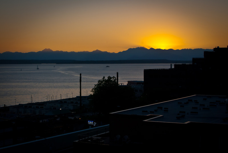 Seattle 201208 Inn at the Market (44).jpg