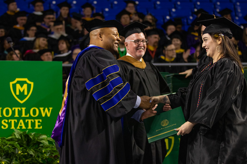 Graduation 2019-9699.jpg