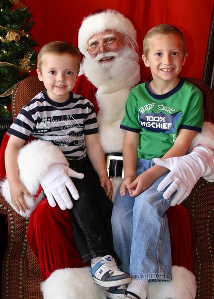 Santa Clause 11DEC2010-371Master.JPG