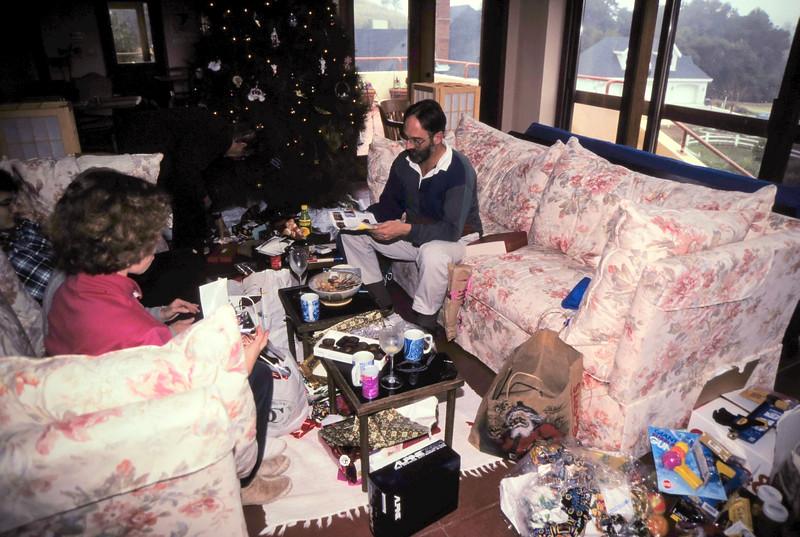 1994-12 Christmas-2.jpg