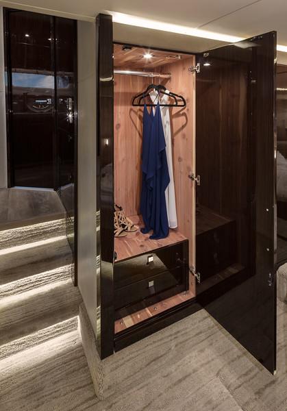 2018-590-L-Master-Closet.jpg