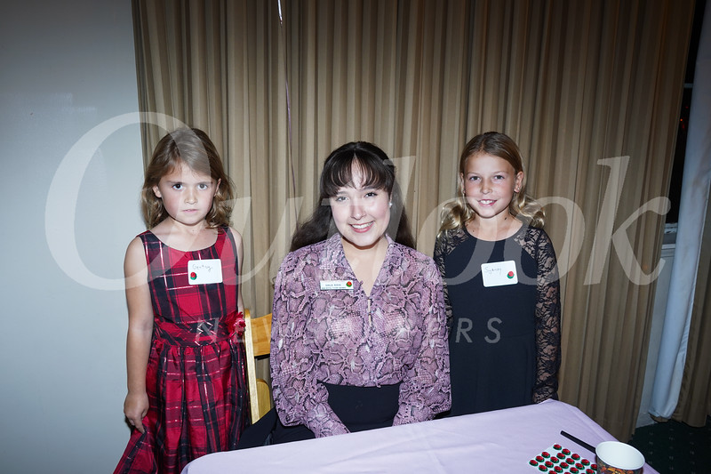 09301 Gentry Sommers, Princess Emilie Risha and Sydney Sommers.jpg