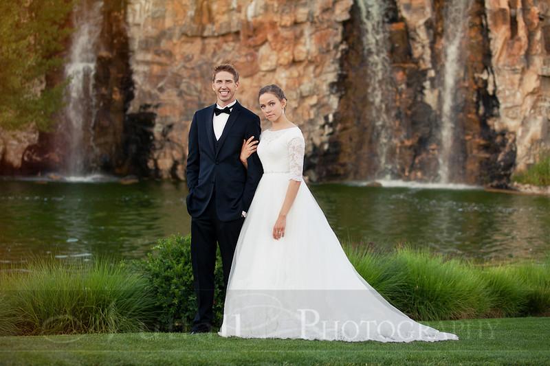 M & M Bridals-376.jpg