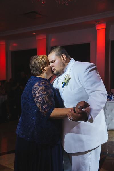 MER__0946_tonya_josh_new jerrsey wedding photography.jpg