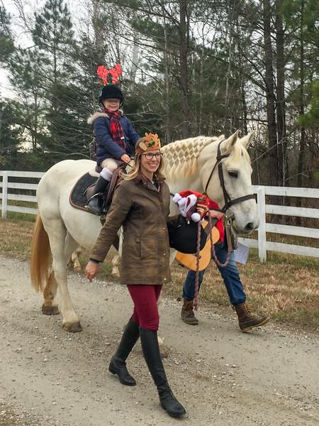 DRHC 2017 Christmas Carol  ride --    photos by Lissa